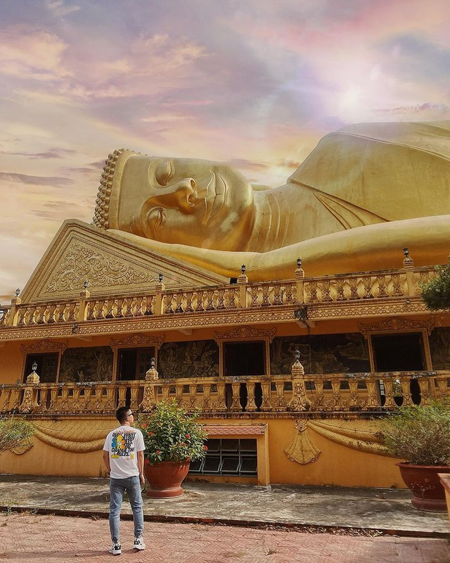 "The ""gilded"" pagoda has the largest outdoor reclining Buddha statue in Vietnam - 8"