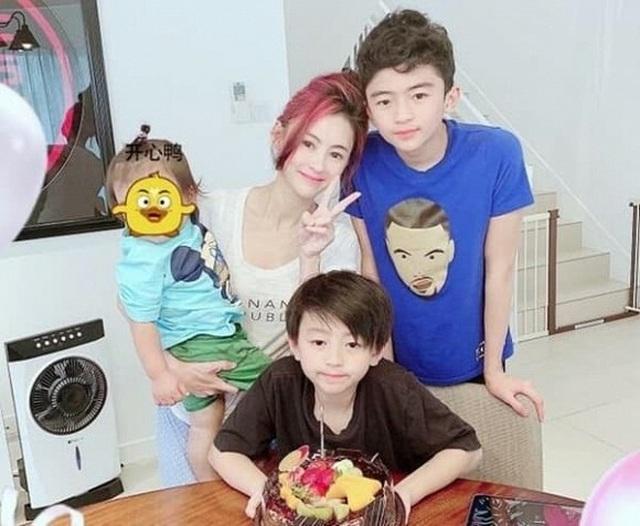 Giữa tin đồn chia tay Vương Phi, Tạ Đình Phong sang Singapore gặp vợ cũ - 6