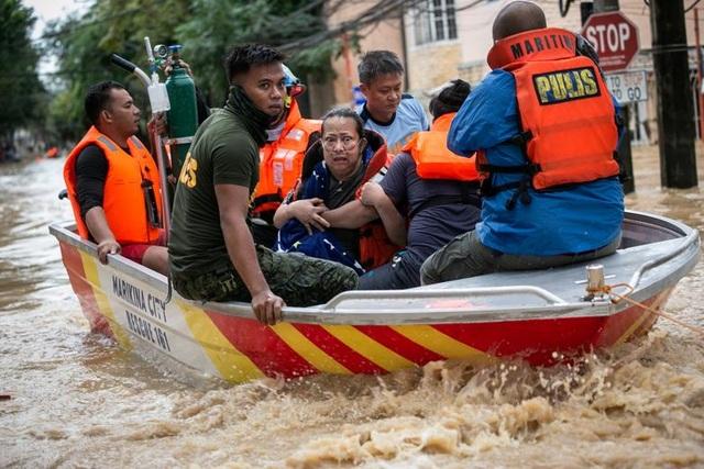 Vamco làm 45 người chết, trở thành bão chết chóc nhất Philippines năm 2020 - 4