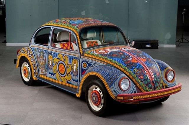 Chiếc Beetle độc nhất vô nhị thế giới, đính hàng triệu hạt màu sặc sỡ - 3