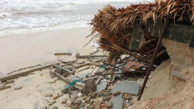 Bão số 13 tàn phá nhiều tuyến đê, kè biển miền Trung - 5