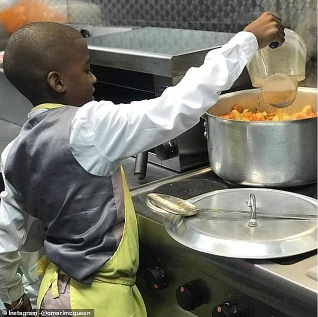 """""""Ngôi sao đầu bếp"""" 12 tuổi khởi nghiệp từ những lần tự nấu nướng vì mẹ ốm - 4"""