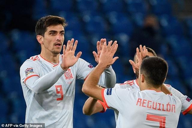 Ramos hai lần đá hỏng phạt đền, Tây Ban Nha hòa thất vọng Thụy Sỹ - 6