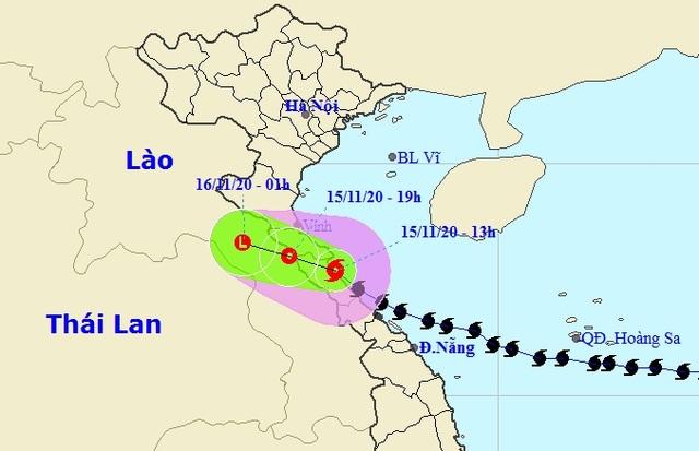 Vì sao bão số 13 đổi hướng và di chuyển chậm trước khi vào đất liền? - 2