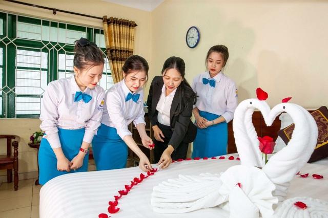 Gặp cô giáo dạy nghề cho hàng ngàn nhân viên quản lý khách sạn, nhà hàng - 2