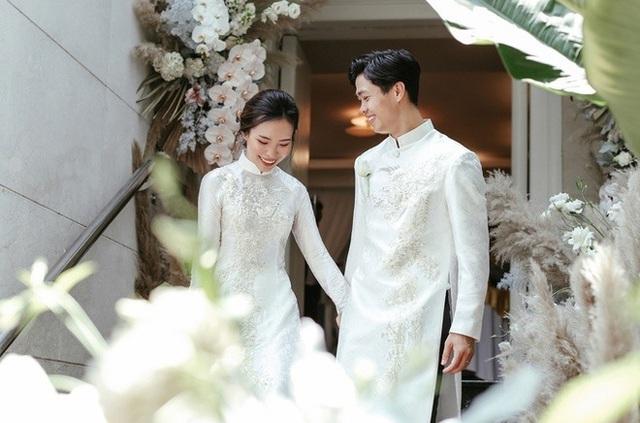 Trợ lý thầy Park viết thư xúc động chúc mừng lễ cưới Công Phượng - 1