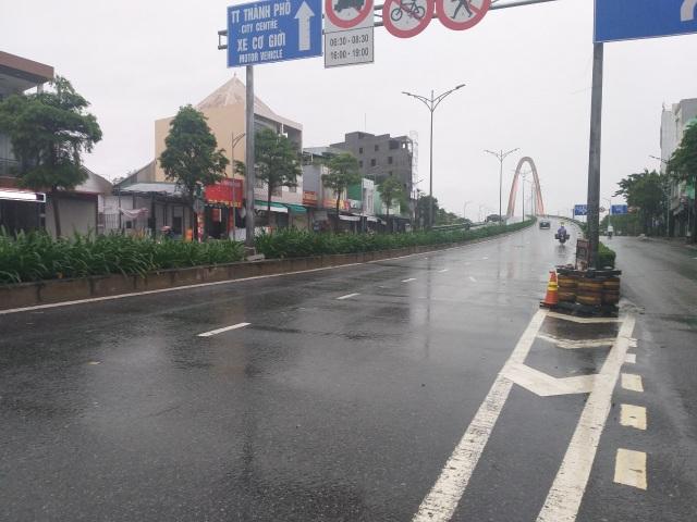 Bão số 13 chạy dọc biển miền Trung, từ Huế về Hà Tĩnh - 34