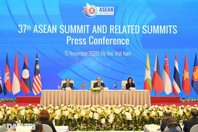 Thủ tướng: Ông Biden hay Trump thắng cử, Mỹ vẫn là bạn tốt của Việt Nam - 2