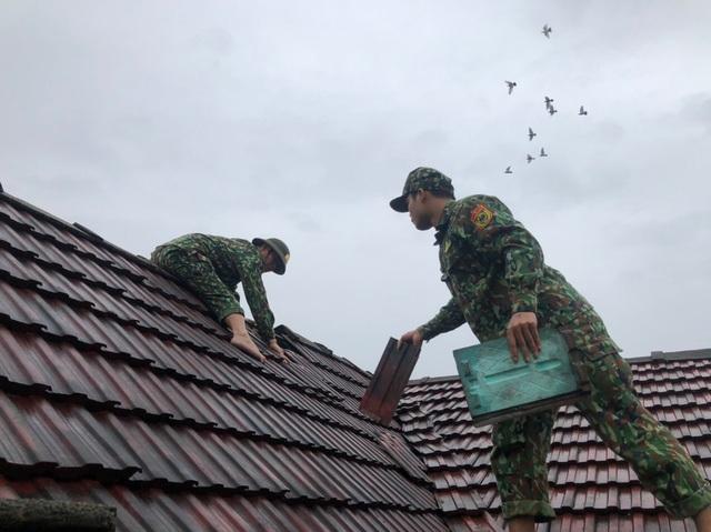 Bão Vamco làm hơn 1.500 nhà tốc mái, 18 người bị thương - 5