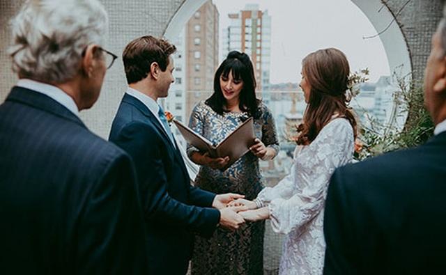 """""""Đám cưới sân sau"""" - cứu tinh cho ngành dịch vụ hôn lễ Mỹ - 5"""