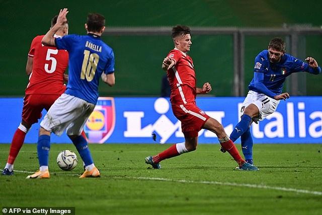 Italia và Hà Lan cùng chiến thắng, tạo nên thế căng như dây đàn - 2