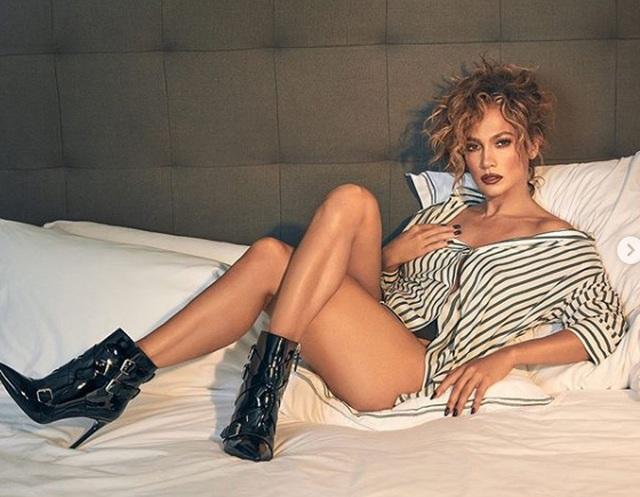 Jennifer Lopez trẻ đẹp như công chúa - 7