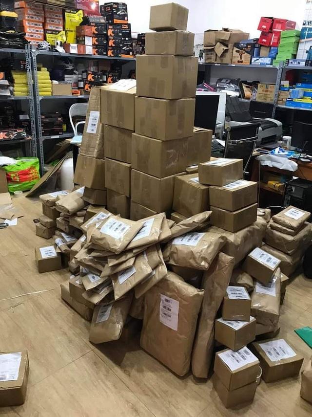 Một ngày khuyến mãi sập sàn, chủ shop thu hơn 2 tỷ đồng - 1