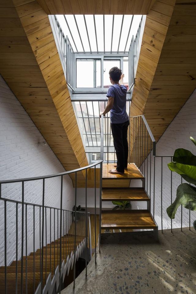 Nằm sâu trong ngõ nhỏ, ngôi nhà Hà Nội vẫn nổi bật bởi thiết kế không ngờ - 4