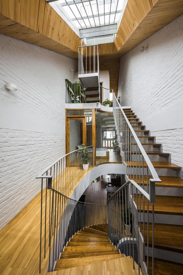 Nằm sâu trong ngõ nhỏ, ngôi nhà Hà Nội vẫn nổi bật bởi thiết kế không ngờ - 6