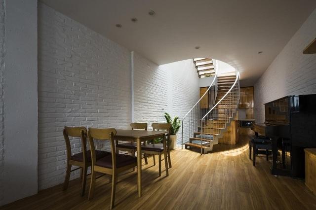 Nằm sâu trong ngõ nhỏ, ngôi nhà Hà Nội vẫn nổi bật bởi thiết kế không ngờ - 11