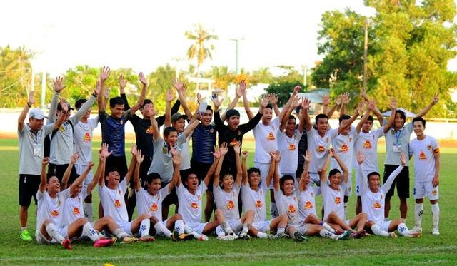 CLB trẻ Quảng Nam thăng hạng Nhì năm 2021 - 2