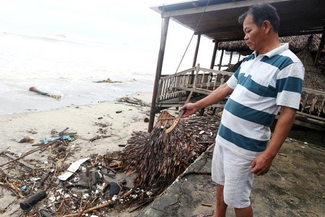 Du khách tiếc nuối khi các bãi biển du lịch tại Hội An dần biến mất - 14
