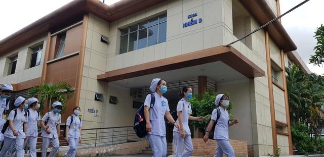 Nhân viên điều dưỡng có xu hướng chọn việc ở khối y tế tư nhân - 4