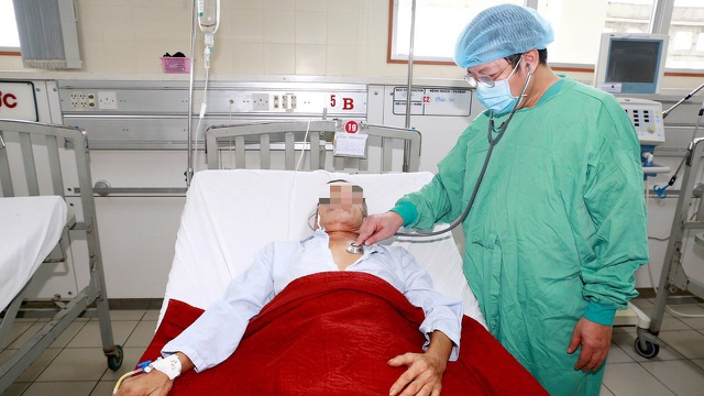 Bệnh nhân Whitmore ở miền Trung tăng đột biến sau lũ lụt triền miên - 1