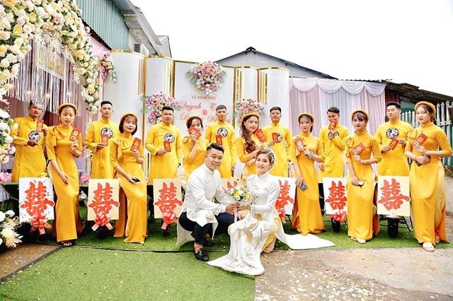 Đám hỏi ở Thái Nguyên gây chú ý vì dàn siêu xe cút kít chở tráp lễ - 10