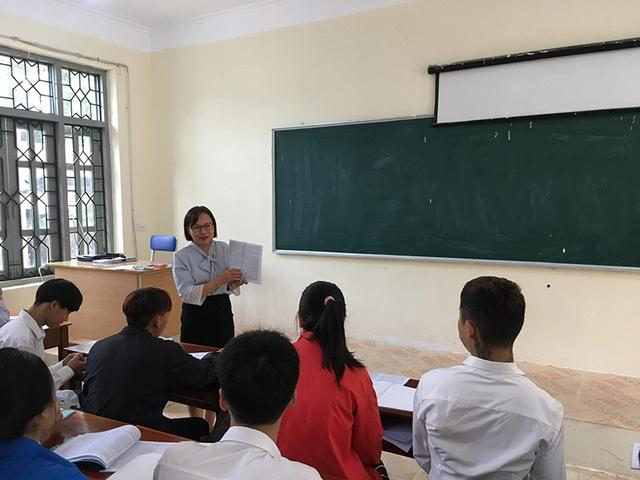 Cô giáo dạy nghề vùng cao ước mơ học sinh không chỉ học để biết mặt chữ - 4