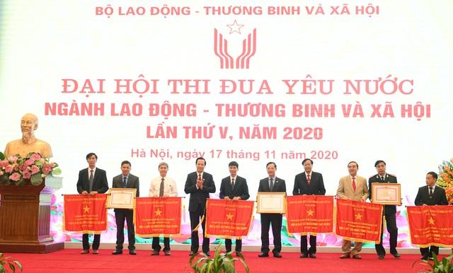 Bộ trưởng Đào Ngọc Dung: Chỉ tiêu niềm tin về an sinh xã hội tăng cao - 4
