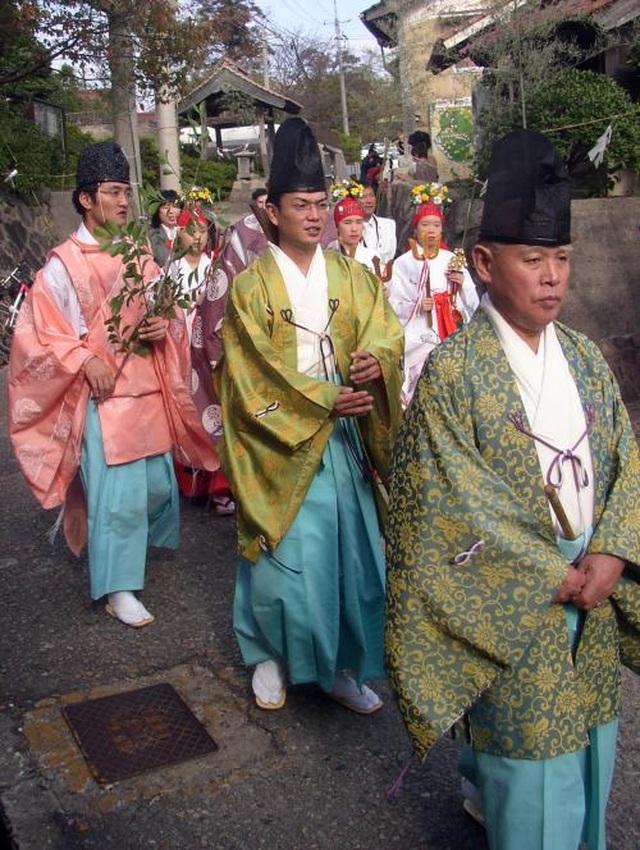 """Lễ hội thu hoạch độc đáo tại """"nơi thần linh tụ họp"""" ở Nhật Bản - 7"""