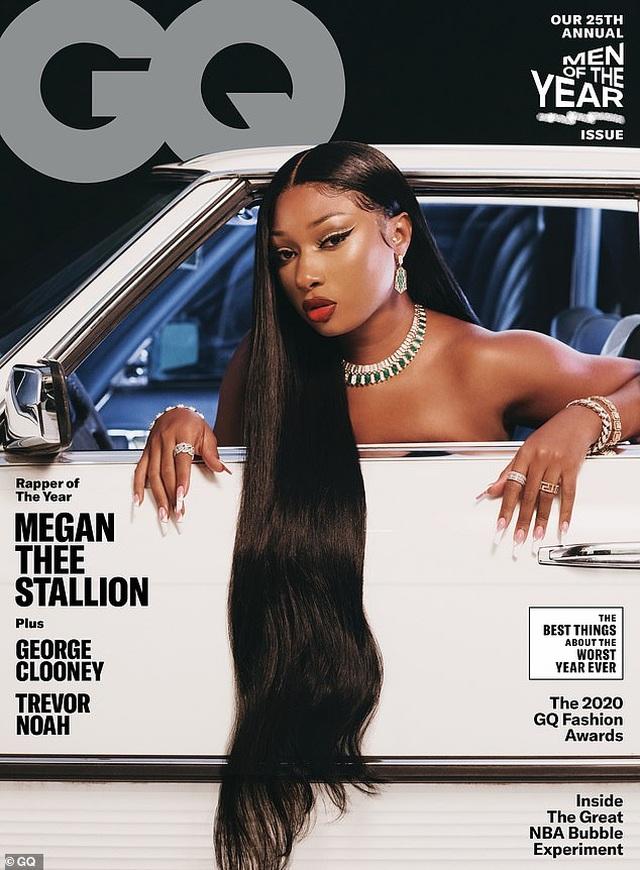 Megan Thee Stallion khoe dáng bốc lửa - 2
