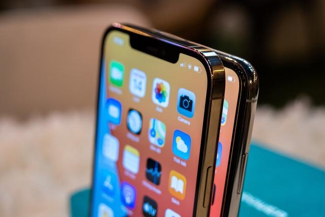 So sánh iPhone 12 Pro Max và 11 Pro Max: Có đáng để nâng cấp? - 3