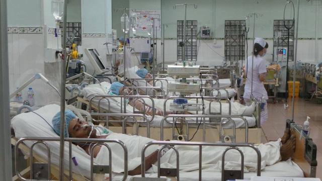 Nhân viên điều dưỡng có xu hướng chọn việc ở khối y tế tư nhân - 2