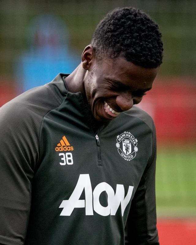 Cầu thủ Man Utd âm thầm tập luyện, chờ Premier League trở lại - 3