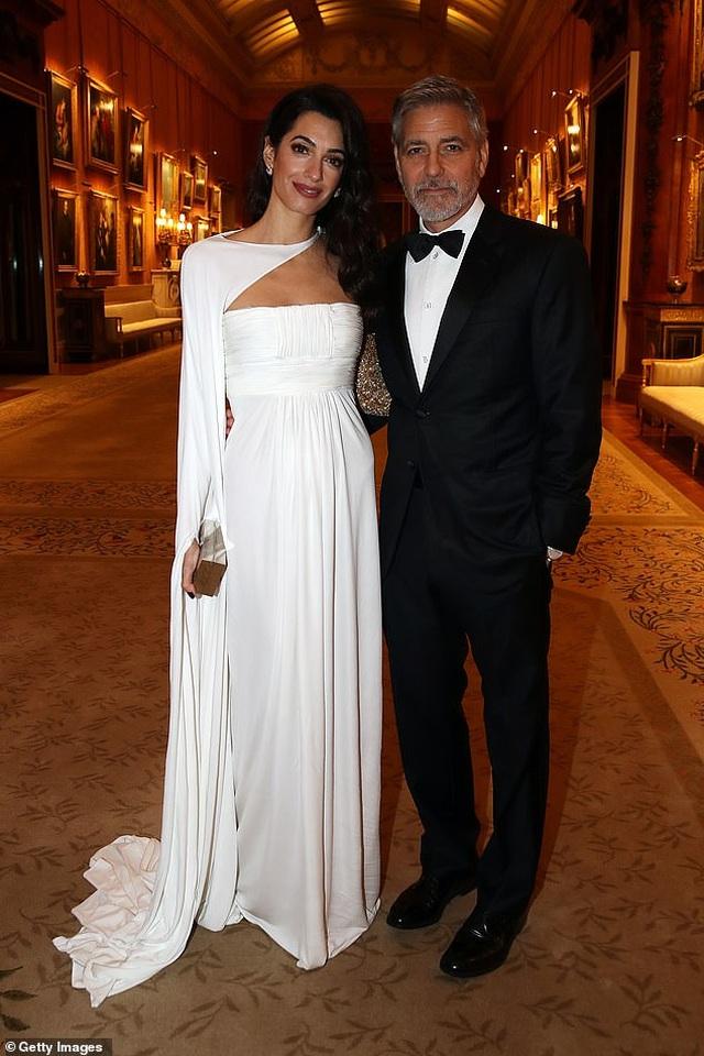George Clooney tặng cả triệu đô cho 14 người bạn - 8