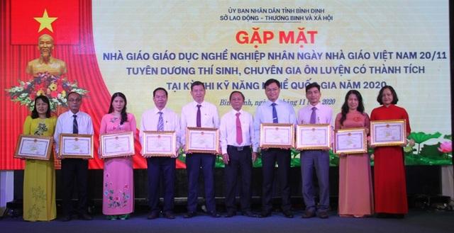 Bình Định: Vinh danh thí sinh đạt giải trong kỳ thi kỹ năng nghề quốc gia - 1