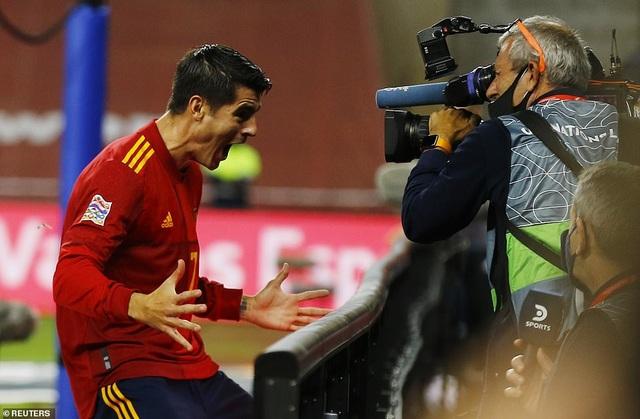 Tây Ban Nha 6-0 Đức: Cú hattrick của Ferran Torres - 2