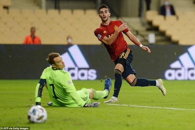 Tây Ban Nha 6-0 Đức: Cú hattrick của Ferran Torres - 3