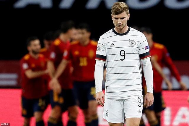 Tây Ban Nha 6-0 Đức: Cú hattrick của Ferran Torres - 11