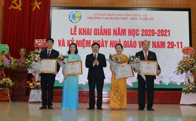 Trường Cao đẳng Việt Đức tuyển sinh vượt chỉ tiêu đề ra - 2
