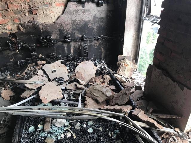 Cháy khách sạn Vinh Plaza, khách tháo chạy tán loạn - 6