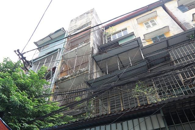 Nhiều thủ tục đang trói cải tạo chung cư cũ - 1