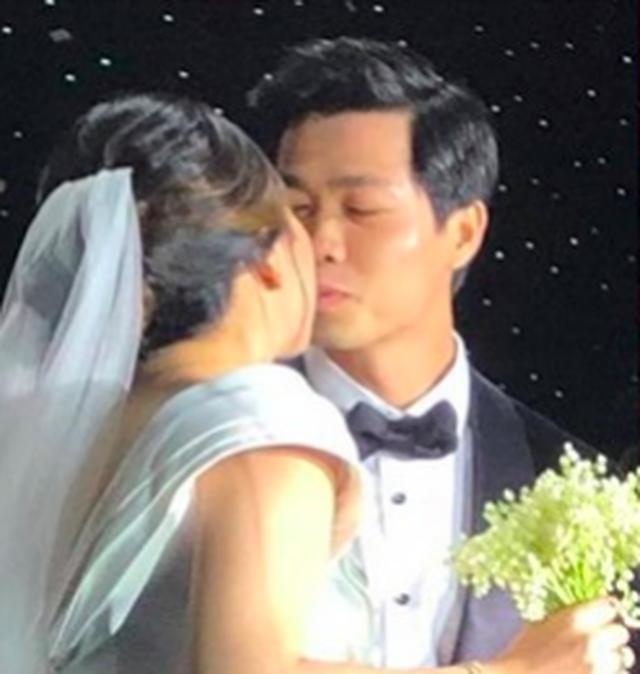 Lộ ảnh cưới lãng mạn của vợ chồng Công Phượng - 7
