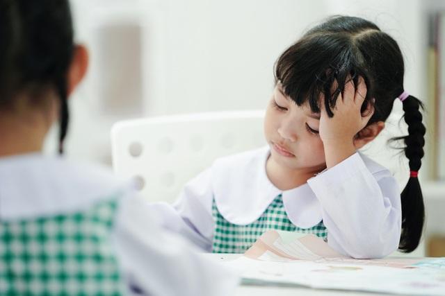 Giáo dục tiểu học: Nhồi kiến thức hay rèn tư duy? - 1