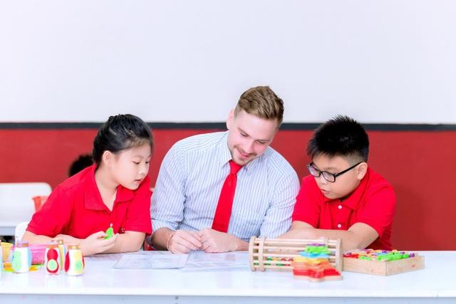 Giáo dục tiểu học: Nhồi kiến thức hay rèn tư duy? - 3