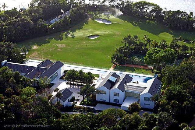 Choáng ngợp dinh thự đẳng cấp 1.200 tỷ đồng của huyền thoại golf thế giới - 8