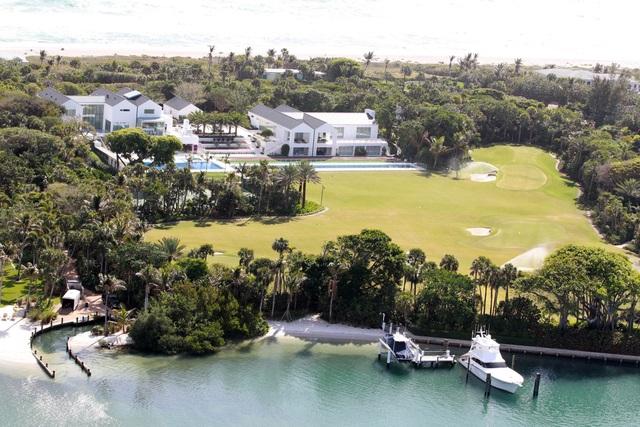 Choáng ngợp dinh thự đẳng cấp 1.200 tỷ đồng của huyền thoại golf thế giới - 12