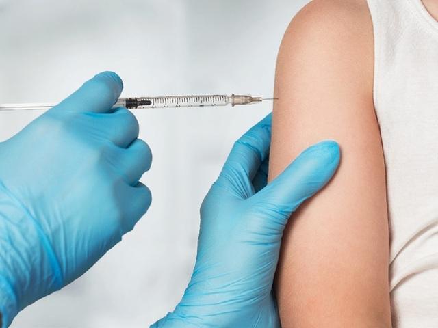 Những thách thức lớn với 2 loại vắc xin Covid-19 đang dẫn đầu cuộc đua - 4