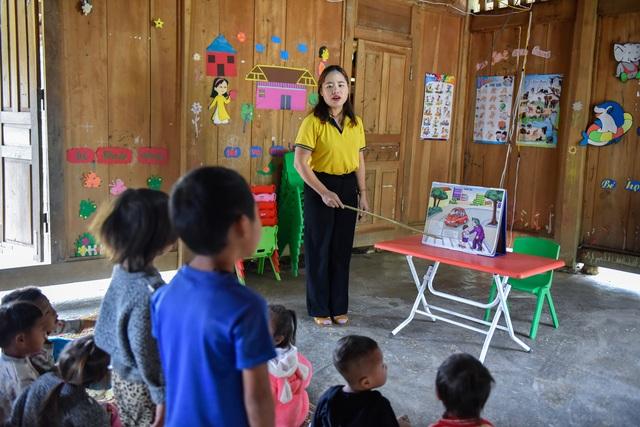Cô giáo HMông với quyết tâm mang ánh sáng tri thức về bản - 7
