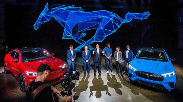 Ford tính chuyện tự sản xuất pin xe chạy điện - 1