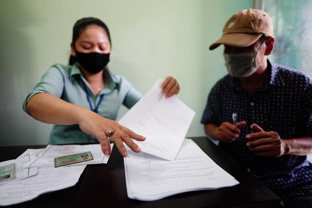 TPHCM: Chi 27 tỷ đồng hỗ trợ 27.000 lao động tự do gặp khó vì Covid-19 - 1