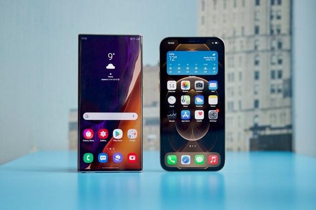 iPhone 12 Pro Max đọ dáng cùng Samsung Galaxy Note20 Ultra - 4